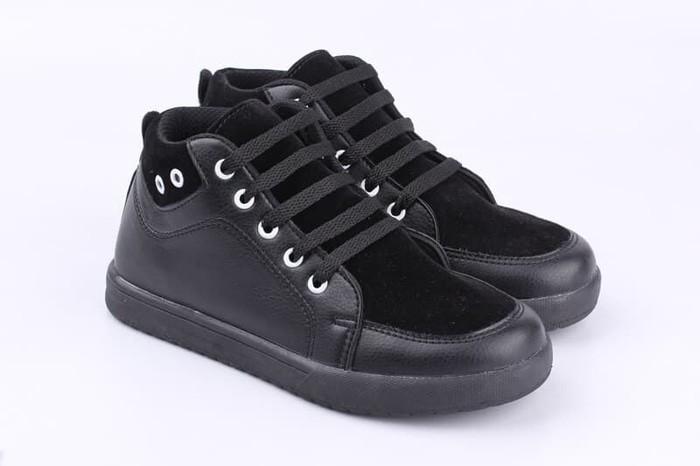 Sepatu Sekolah Anak SD Laki Perempuan Sneakers Kets Hitam Polos Tali
