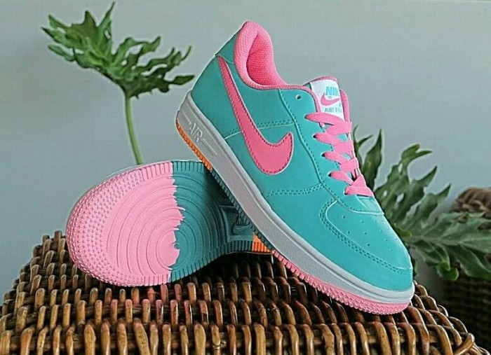 Jual SEPATU KETS WANITA NIKE AIR FORCE ONE WOMEN MADE IN VIETNAM - G ... 9d053383f0