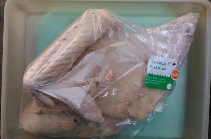 harga Daging ayam kalkun karkas frozen 1.7 kg - 1.8 kg rp 144.000 Tokopedia.com