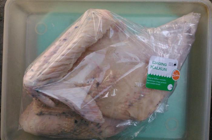 harga Daging ayam kalkun karkas berat 1.1 kg sd 1.2 kg rp 95.000 Tokopedia.com