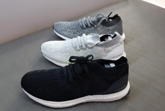 3925687e662 Jual Adidas Ultraboost uncaged 4.0 Black White