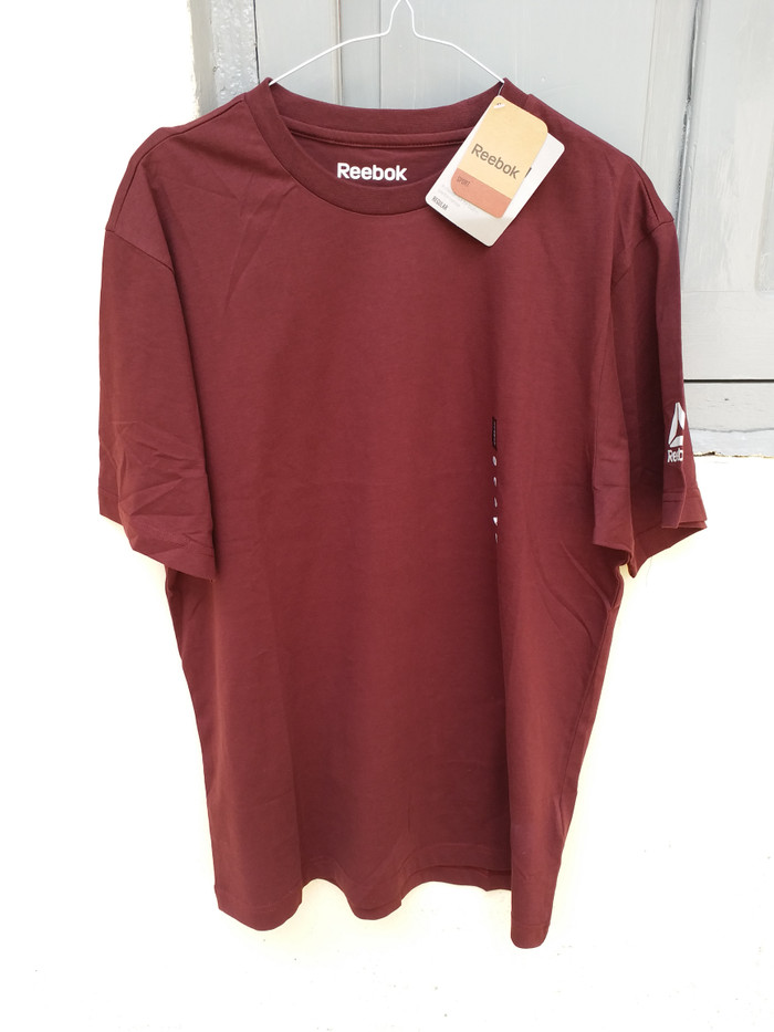 Jual baju kaos REEBOK original size M baru - davson gemstone  9a665d3b9d