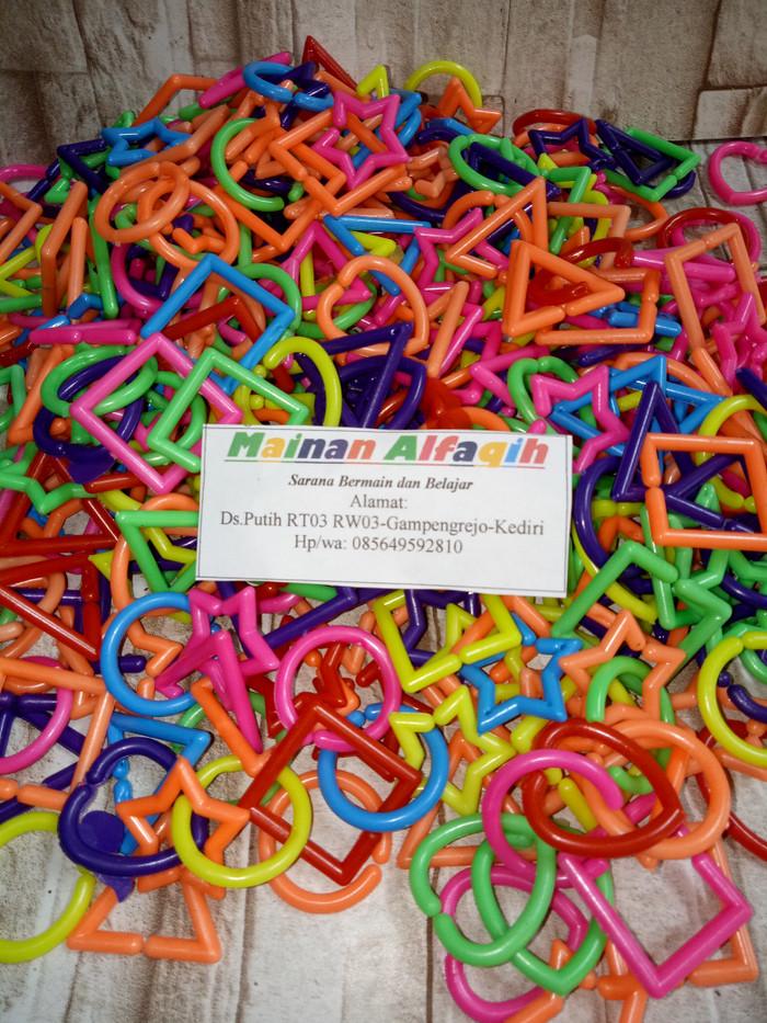 Foto Produk Mainan Edukasi Anak- Meronce Rantai Geometri Plastik dari Mainanalfaqih