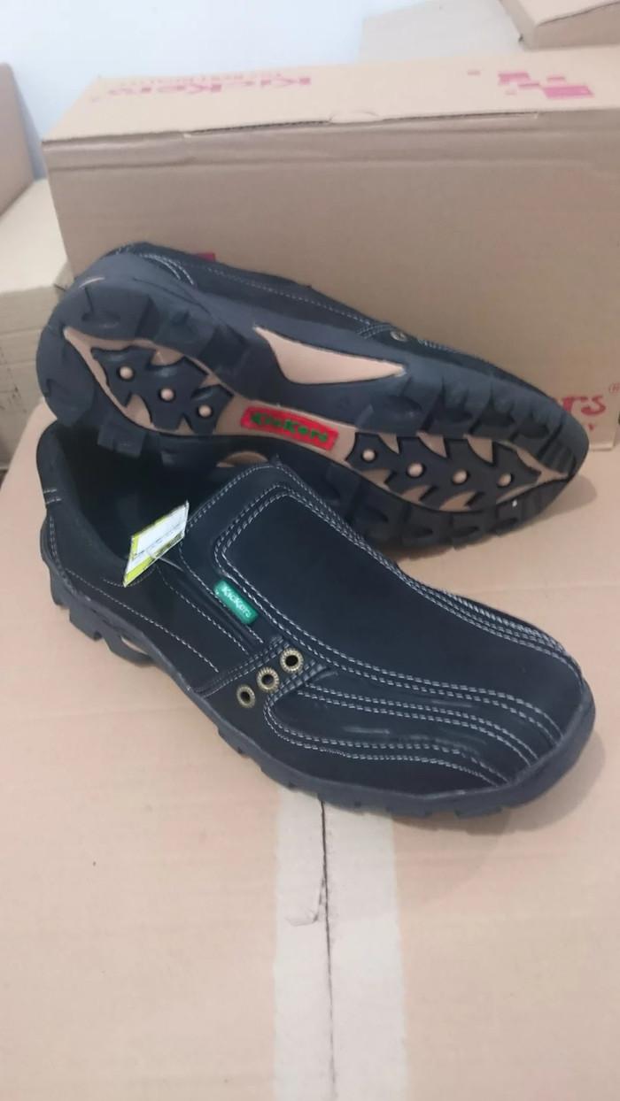 Jual Sepatu Casual Pria merk Kickers Bahan Kulit Sapi Asli - Hitam ... 9e0713ecc6