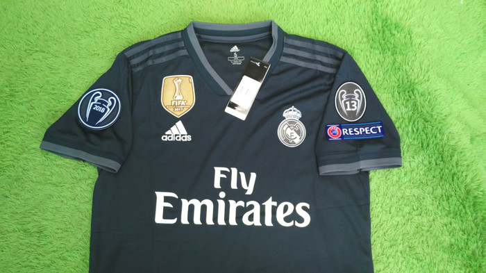 a3e3e8b50 Jual Jersey Real Madrid Away FULL PATCH UCL 2018 2019 18 19 Grade ...