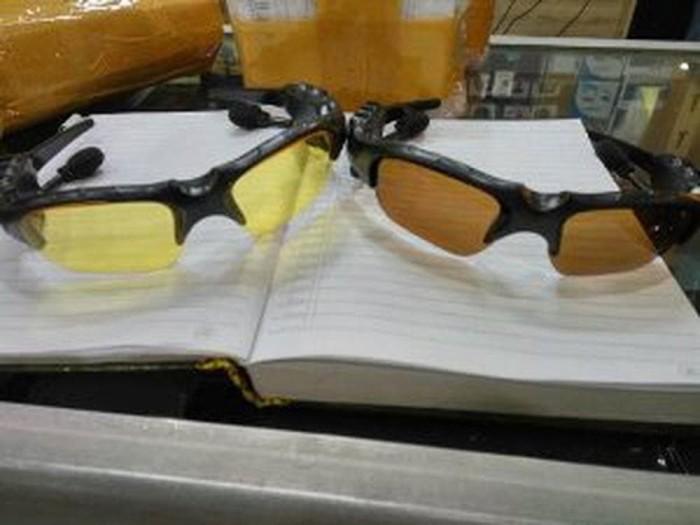Kacamata Sport MP3 Bluetooth Sunglasses Stereo Music Player B23 Jl048