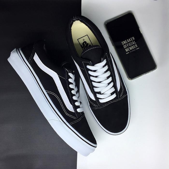 7ef6186f243183 Jual Sepatu Vans Old Skool Classic Black White waffle DT BNIB ...