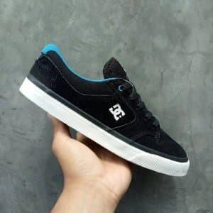 Jual Sepatu DC NYJAH Vulc Black Blue BNIB Original Paling Laris ... abf812ca71