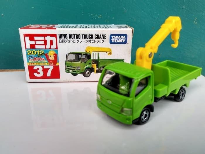 harga Tomica no 37 hino dutro truck crane diecast miniatur truk takara tomy Tokopedia.com