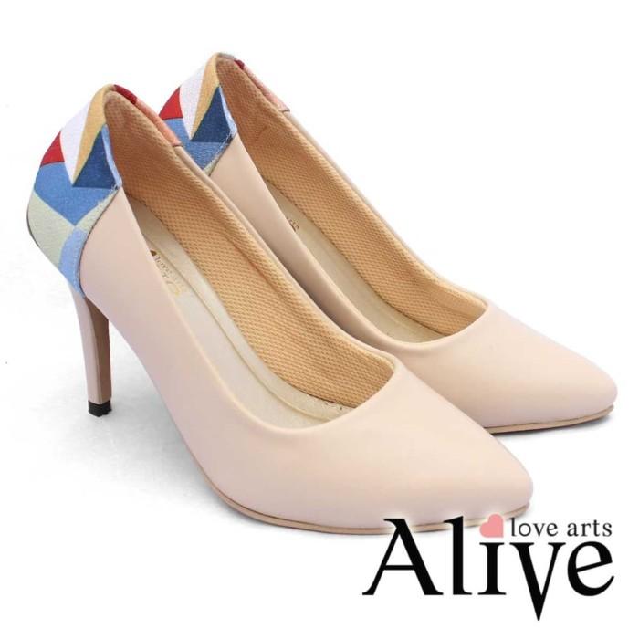 Alivelovearts Davinci Cream Sepatu Sendal Heels Wanita
