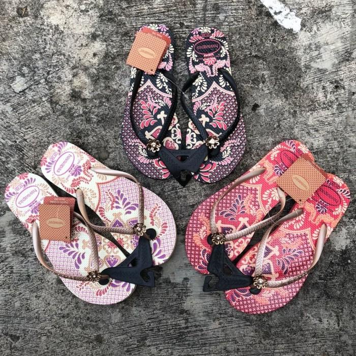 25109f2ca Jual Sandal Jepit Wanita Merk Havaianas Flip Batik - Jakarta Pusat ...