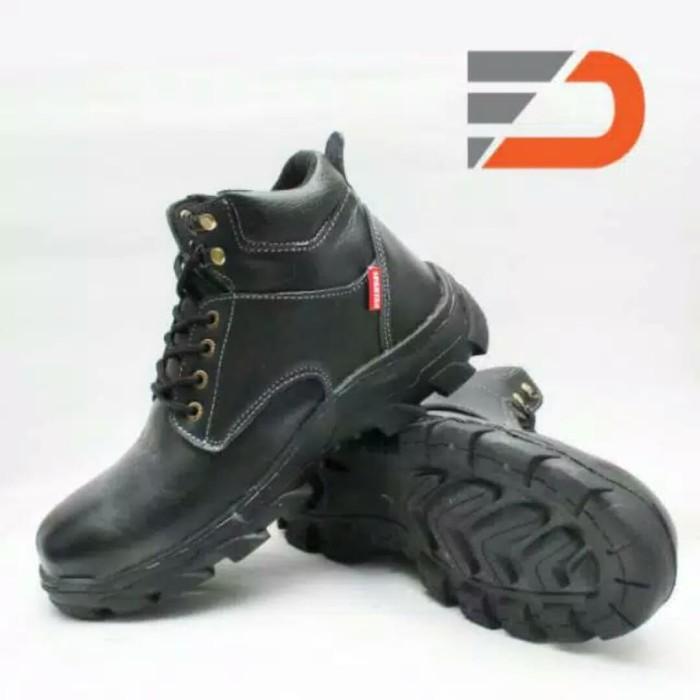 87+ Model Model Sepatu Pria Di Atas Mata Kaki Paling Hist