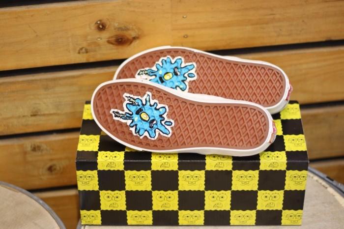 91514299ced1 Jual Vans Slip On Vault x SpongeBob OG LX Limited Edition Paling ...