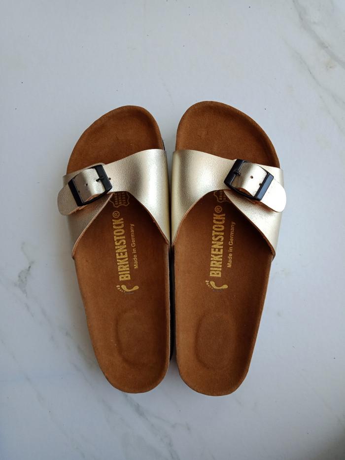 harga Sandal birkenstock wanita madrid gold premium Tokopedia.com