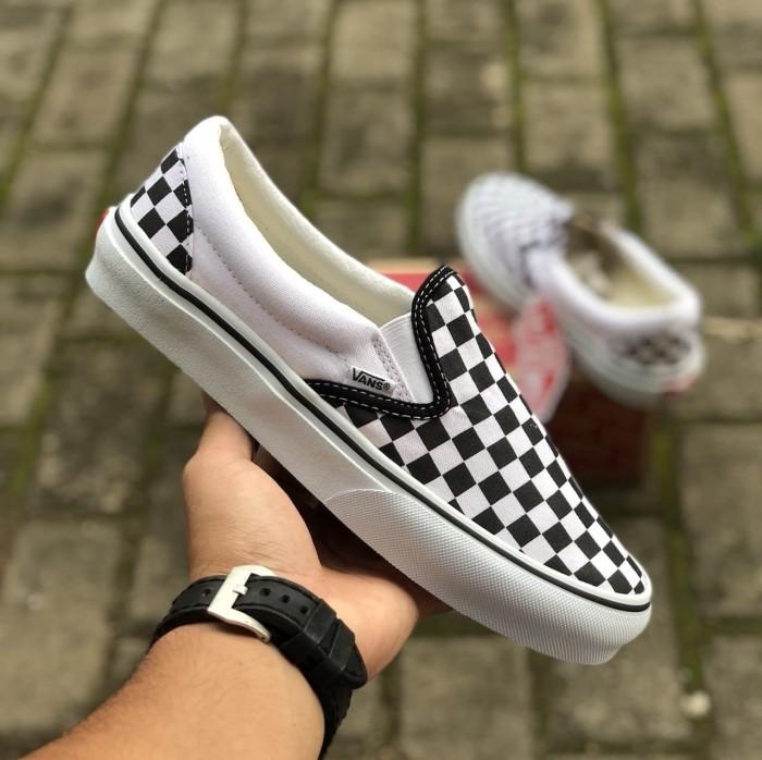 Sepatu Sneakers Vans Checkerboard Slip On Black White