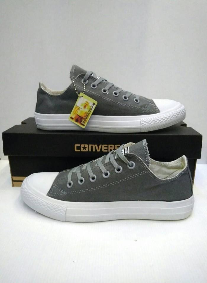 Jual Sepatu Converse low canvas man - gudangspatusportnafasya ... 9575cb2ef7