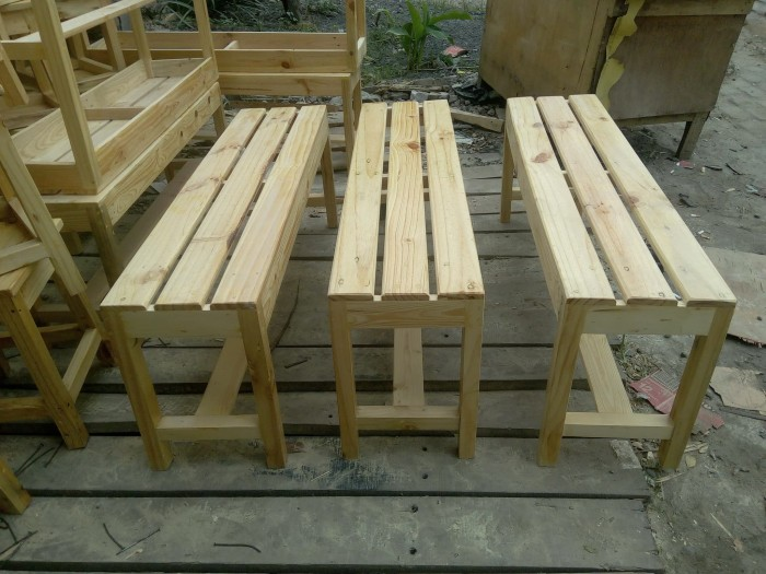 harga Kursi kayu panjang/ dingklik panjang kayu jati belanda 120x30x45cm Tokopedia.com