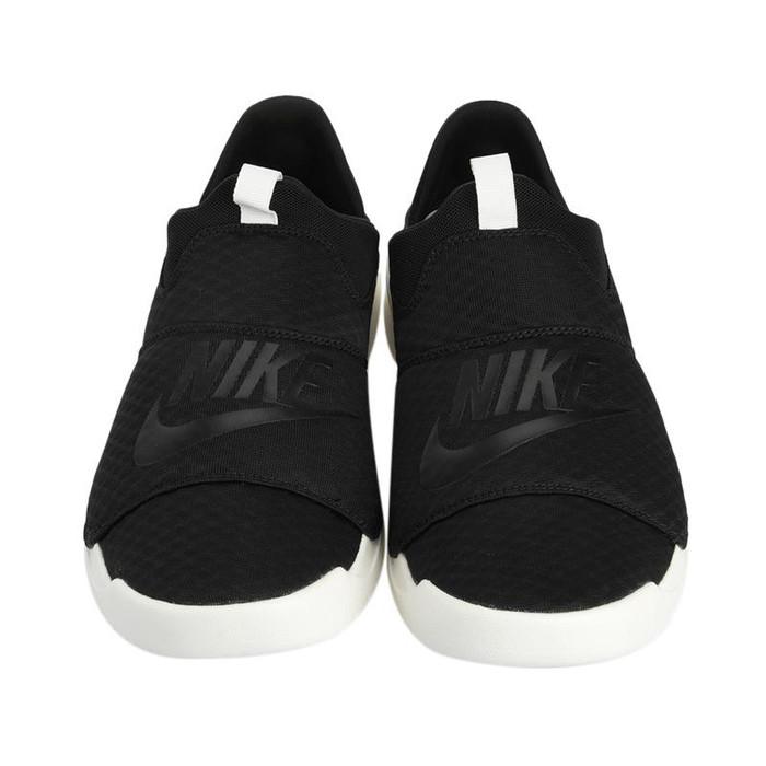 Sepatu NIKE Men Benassi Slip On Shoes Original 882410-008 - Hitam, 42