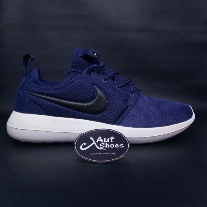 low priced fda36 d6232 Jual Sepatu Nike Roshe Run Two Navy - Navy, 40 - DKI Jakarta - AUF SHOES |  Tokopedia