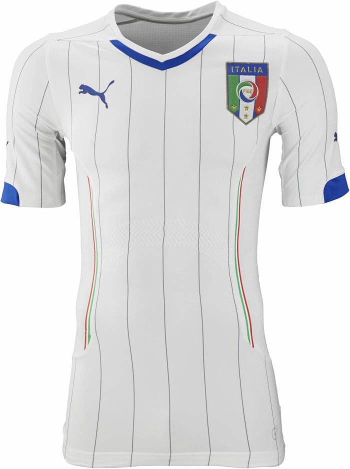 Foto Produk JERSEY BOLA GRADE ORI ITALIA AWAY WORLD CUP 2014 MADE IN THAILAND dari koleksi baju couple