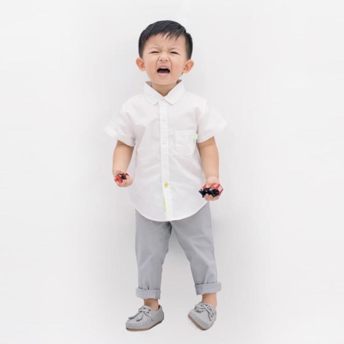 harga Coby white heyboy kemeja katun lengan pendek putih polos classic - 5-6 tahun Tokopedia.com