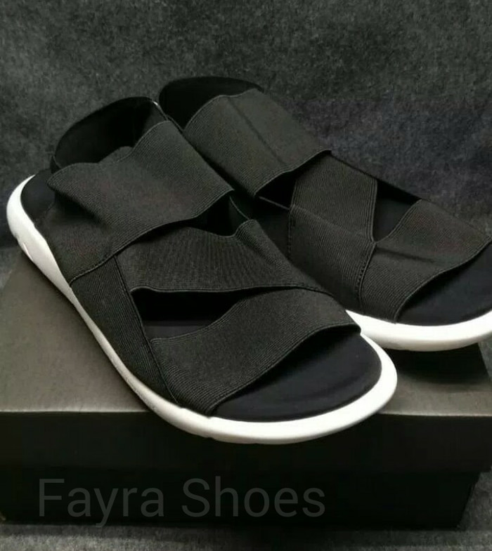 906330684 Jual Sandal Adidas Y3 Qasa Yohji Yamamoto Black   White - Fayra ...