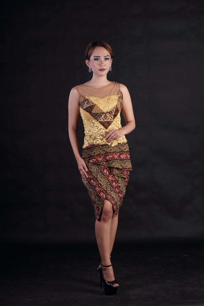 Jual Kebaya Brokat Modern Tanpa Lengan Aplikasi Batik Sekar Jagad Kota Surakarta Arcobaleno Batik Tokopedia