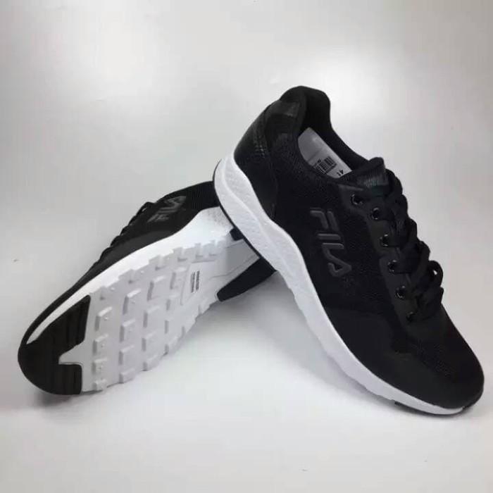 4fd03335fcdec2 Jual sepatu sport fila scream hitam/putih/hitam - Kota Surakarta ...