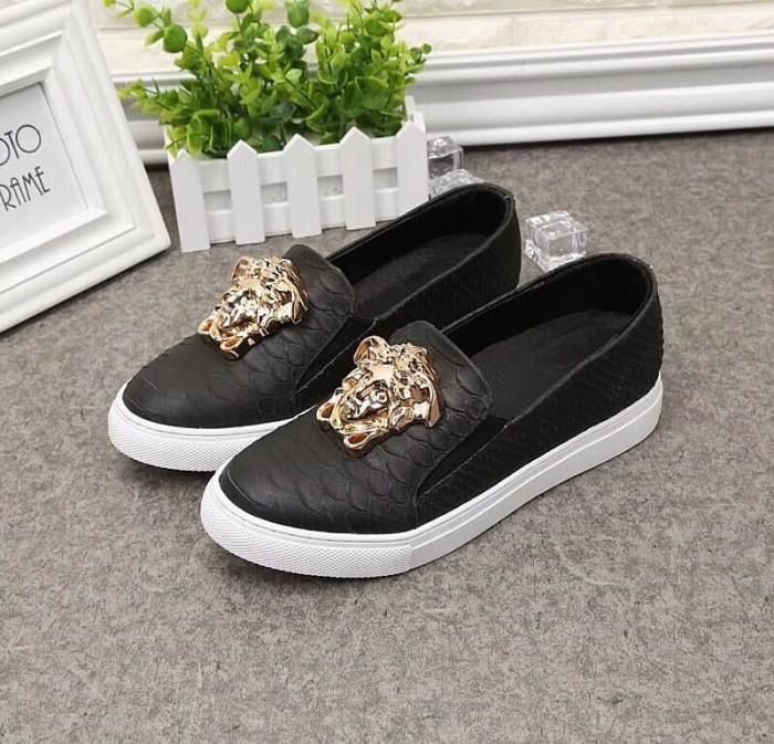 Jual Sepatu branded wanita cewek versace slipon kulit kw mirror ... 60bd5bbe6b