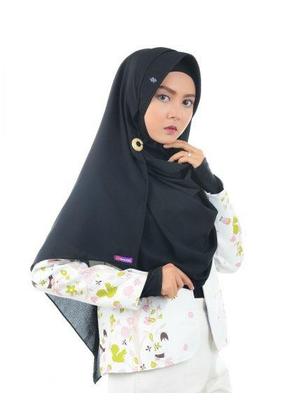 Jual Nibras Hijab Emerald One Hitam Pashmina Instan Pad M Diamond Crepe Kota Tangerang Selatan Melangitstore Tokopedia