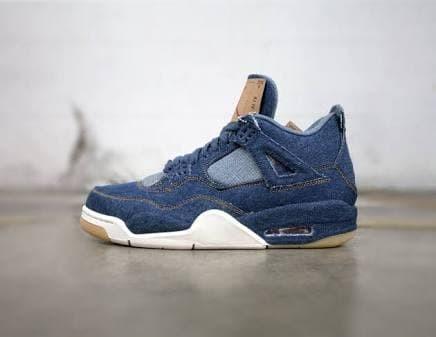 e60df19dd97b sepatu sneakers casual basket nike air jordan 4 retro x levis denim - putih  abu