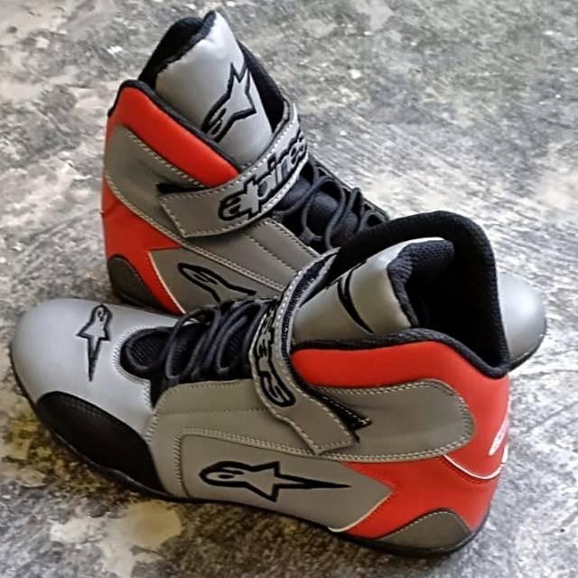 harga Sepatu drag alpinestar abu merah k1 - sepatu balap touring Tokopedia.com