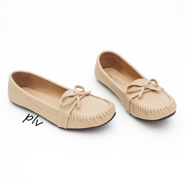 sepatu cewek Sepatu Flat Shoes Murah Gratica RJ28 Cream