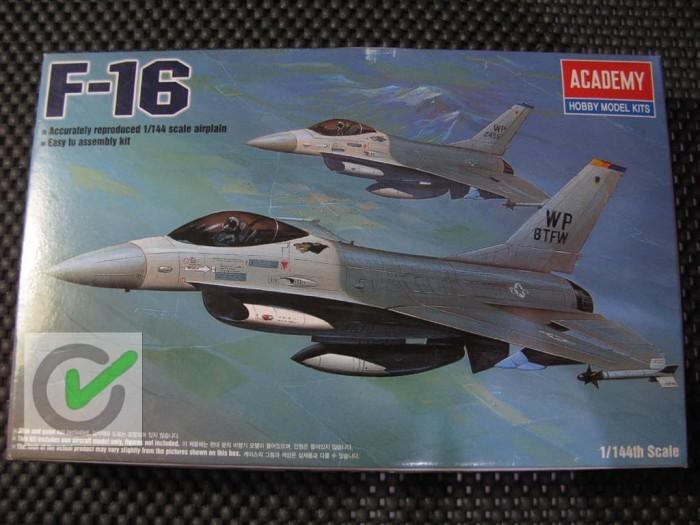 harga Model kit / mokit academy - pesawat f16 fighting falcon Tokopedia.com