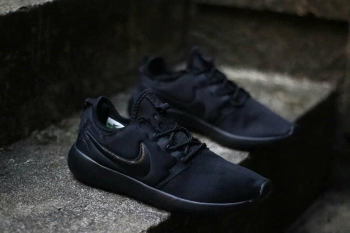 fb0d7e9914a0 Jual Nike Roshe Two Full Black Import   Sepatu Nike Pria Murah ...