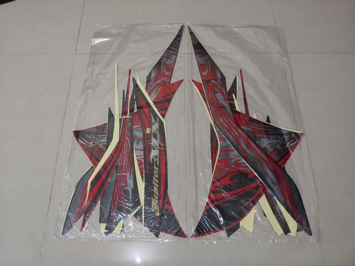 harga Stiker bodi & lis body & striping jupiter mx 2010 - 2011 hitam merah Tokopedia.com