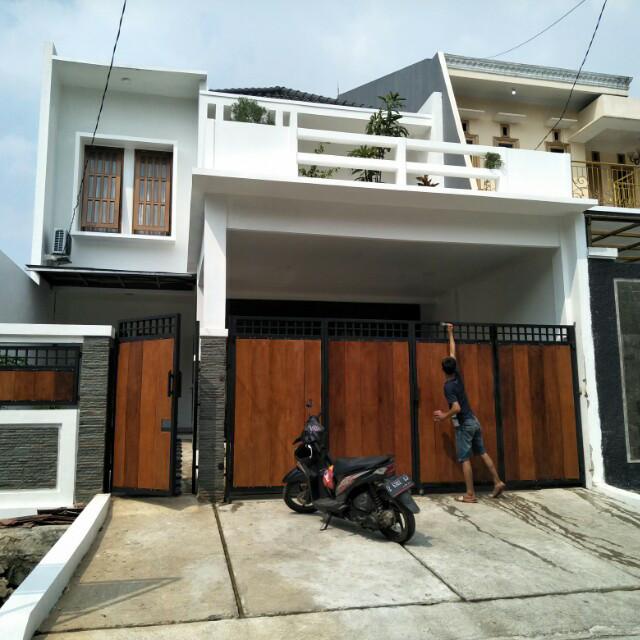 Jual Pagar Besi Dan Kayu Minimalis Modern Kota Tangerang Selatan