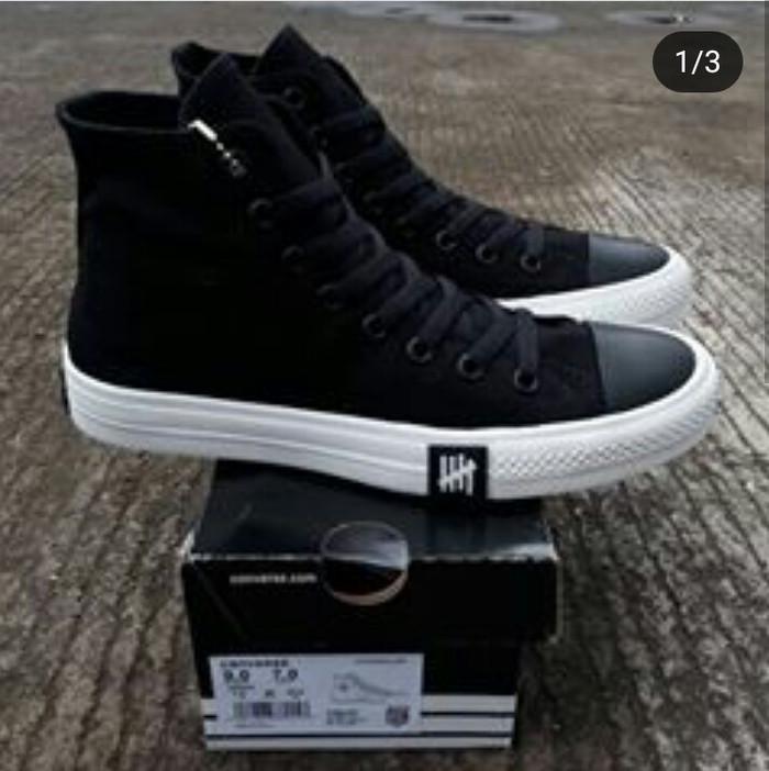 Jual Sepatu All Star Converse Chuck Taylor Petir Hitam Tinggi High ... 640771b654