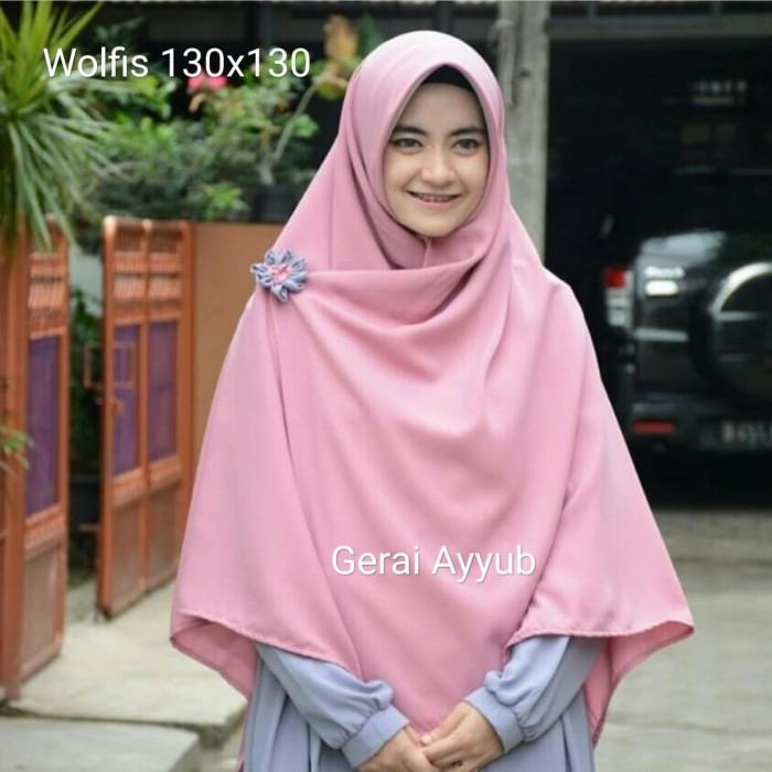 harga Segiempat wolfis 130 x 130 hijab jilbab khimar kerudung square ayyub Tokopedia.com