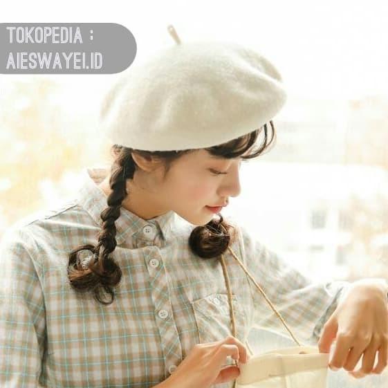 Jual Topi baret   beret white   mangaka   komikus   kosplay   wol ... 7712a1f444