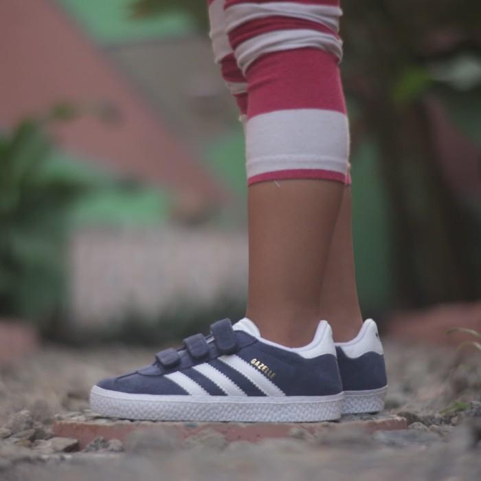 harga Adidas kids gazelle navy white velkron original Tokopedia.com