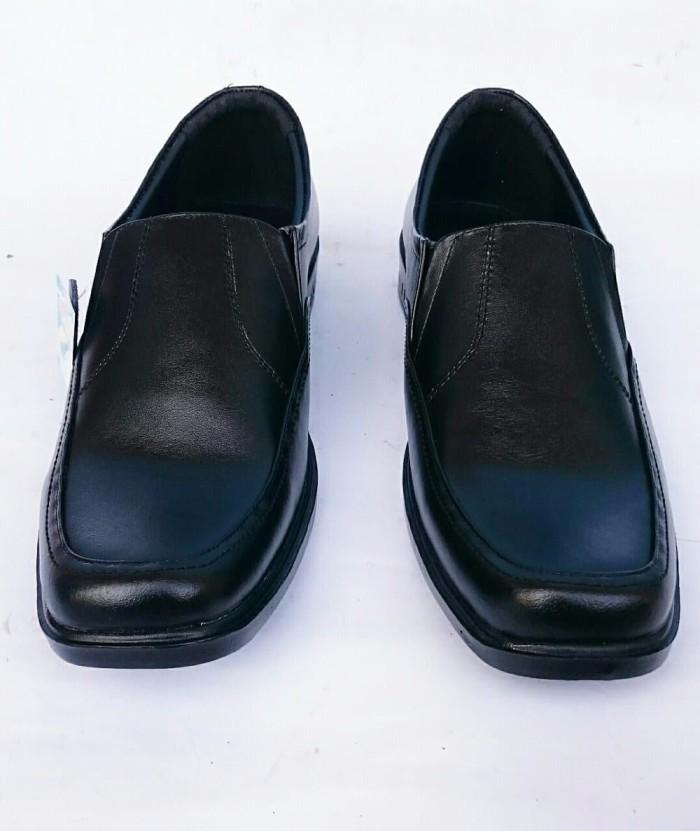 Jual Sepatu pantofel pria kulit asli Rasheda K 02 - Butik Kerenku ... d37386b724