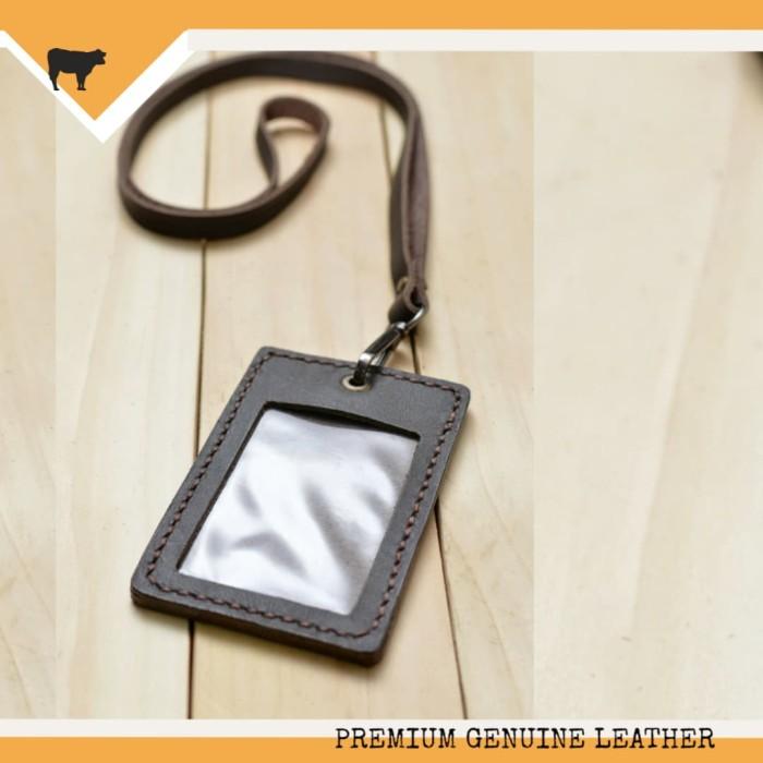 harga Leather goods gantungan id card kulit asli id card holder name tag Tokopedia.com