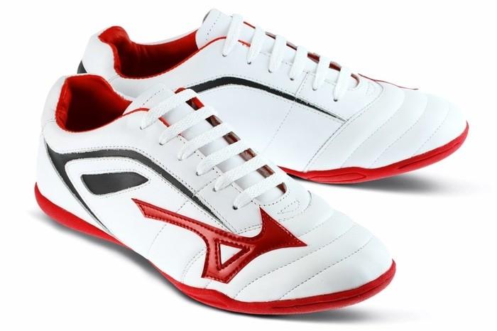 harga Sepatu futsal / olahraga pria kulit putih golfer gf.9109 murah ori Tokopedia.com