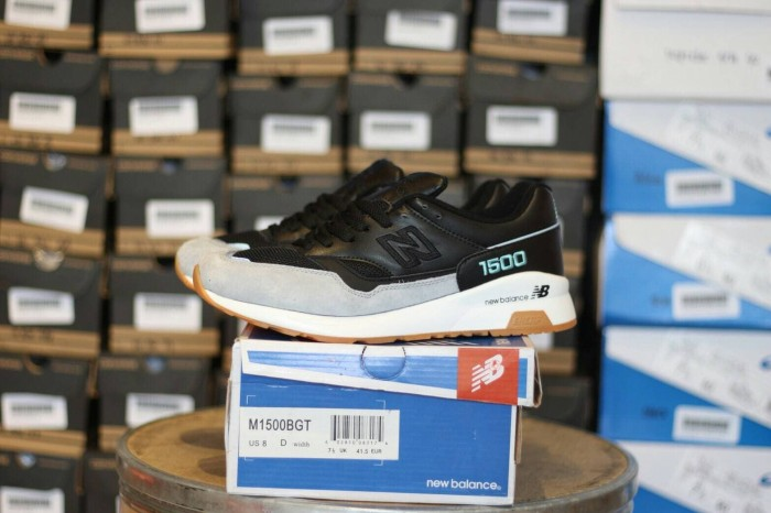 harga Sepatu running new balance m 1500 bgt sepatu nb stok sangat terbatas  Tokopedia.com f00c0bcc53
