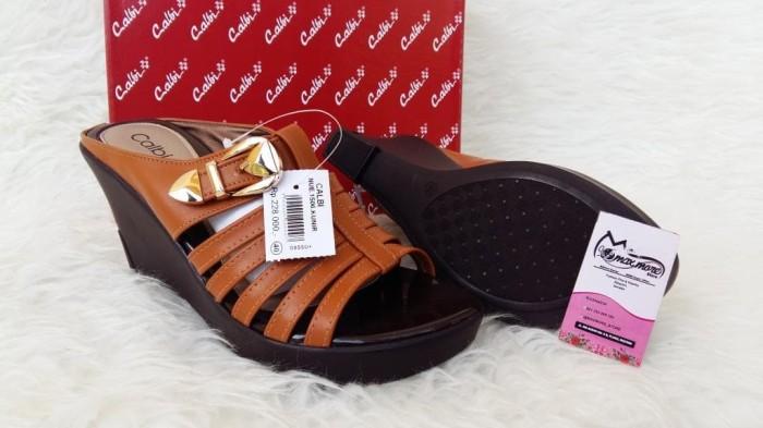 Sandal Wedges Wanita - Calbi Nue 1506 kunir - Wedges Murah Berkualitas a673f59fd8