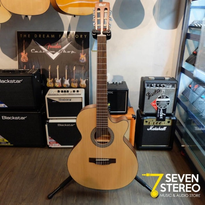 Cort CEC1 OP Acoustic Electric Nylon Guitar Berkualitas