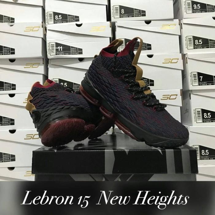 huge discount 572e5 fb69e Jual Sepatu Basket Nike LeBron 15 Volcano - Kota Batam - Elite Basketball  Store | Tokopedia
