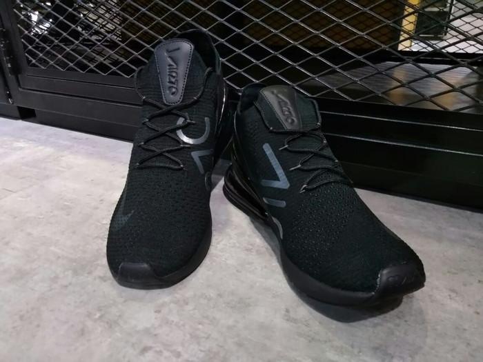 reputable site e258e b1791 Jual Nike AirMax 270 FlyKnit Triple Black 100% ORIGINAL air max 270 -  Jakarta Timur - Sam Sneakers | Tokopedia