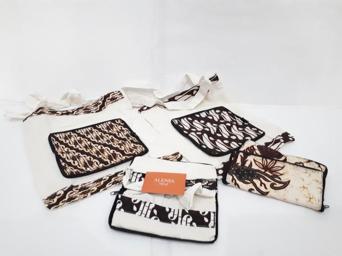 harga Dompet lipat dengan tas berbahan batik Tokopedia.com